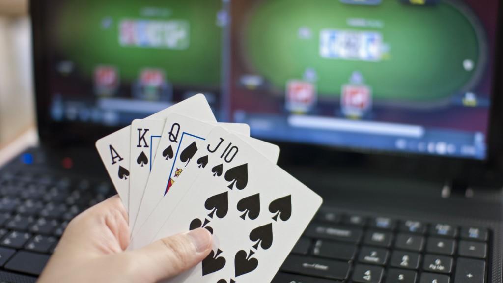 Kesalahan Dalam Bermain Poker Online